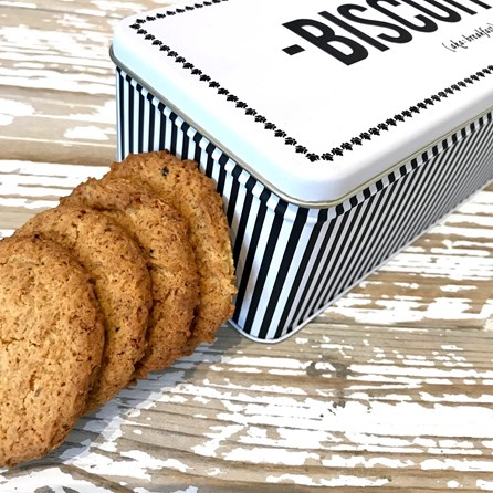 'Biscuits' Tin Filled With Ginger And Honey Biscuits