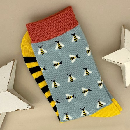 Bamboo Busy Bees Socks in Duck Egg