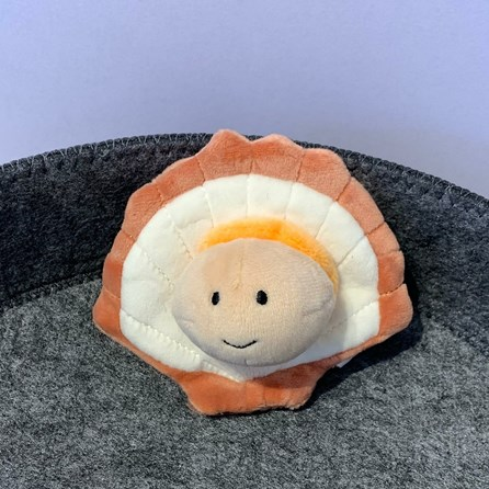 Jellycat Sensational Seafood Scallop Soft Toy