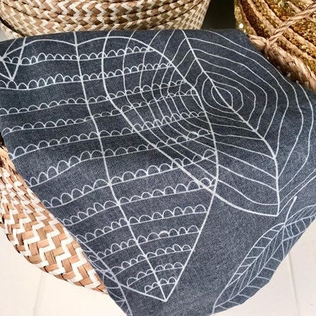 Leaf Patterned Scarf In Navy