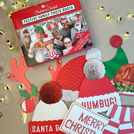 Festive Family Photo Booth With Props