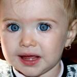 Zahnen beim Baby – Vom Umgang mit Schmerz und Medikamenten