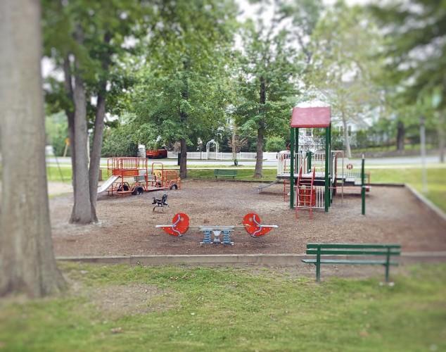 Playground-Larchmont