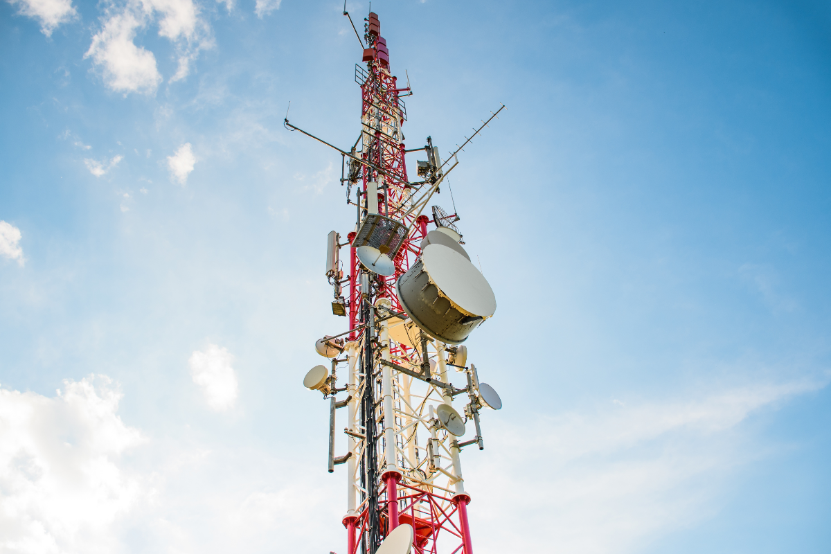 mobile-carrier-antenna-tower