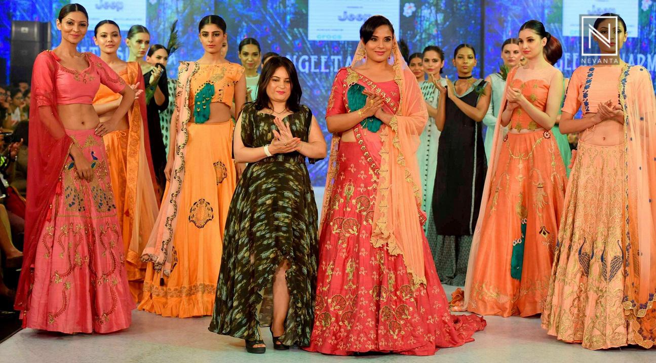 2235c3b923 Richa Chadda Turns Desi Bride at India Beach Fashion Week 2017 - Nevanta