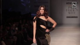Vaani Kapoor Impresses in Rina Dhaka at AIFW AW 2017