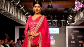 Hyderabad Mesmerised by Mughda Godse and Sonal Chauhan