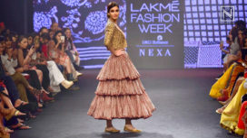 Diana Penty Walks for Punit Balana at Lakme Fashion Week SR 2018
