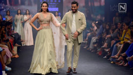 Karisma Kapoor Turns Muse For Label Aarbee by Ravi Bhalotia at Lakme Fashion Week SR 18