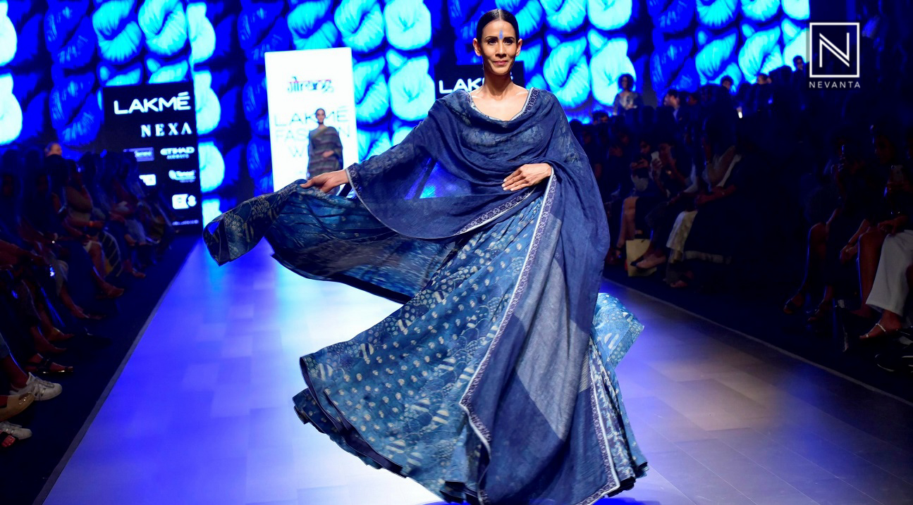 767f23da1a Neel by Gaurang Shah Depicts Textiles from India at Lakme Fashion ...