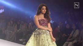 Surveen Chawla Walks for Karleo at Bombay Times Fashion Week 2018