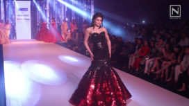 Urvashi Rautela Walks for Archana Kochhar at Bombay Times Fashion Week 2018