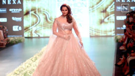 Sania Mirza Shares Thoughts on Collection by Anushree Reddy at Lakme Fashion Week SR 18