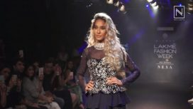 Lisa Haydon Turns Showstopper for Mishru at Lakme Fashion Week WF18