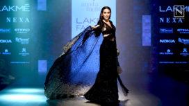 Karisma Kapoor Stuns as a Showstopper for Arpita Mehta at Lakme Fashion Week WF18