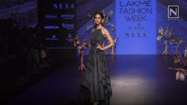 Kriti Kharbanda Walks for Tahweave at Lakme Fashion Week WF18