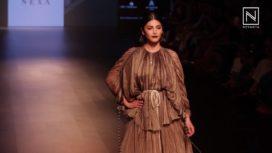 Shruti Haasan Turns Muse to Saaksha Kinni at Lakme Fashion Week Winter Festive 2018