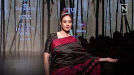 Tabu in Mekhala Chador for Sanjukta Dutta at Lotus Makeup India Fashion Week SS19