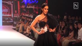 Waluscha De Sousa Stuns as the Shoswtopper for Hema Kaul at Bombay Times Fashion Week 18