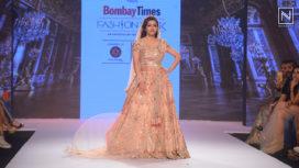 Soha Ali Khan Turns Muse to Pallavi Goyal at Bombay Times Fashion Week 2018