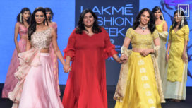 Saina Nehwal Turns Muse to Vaani Raghupathy Vivek at Lakme Fashion Week SR19