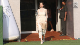 Evelyn Sharma Glides the Ramp for Doodlage at Lakme Fashion Week Summer Resort 2019