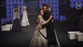 Karisma Kapoor Turns Showstopper for Punit Balana at Lakme Fashion Week Summer Resort 2019