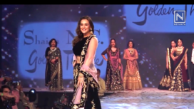 Preity Zinta, Amrita Rao and Kanika Kapoor Walk for Shaina NC at a Fashion Show