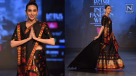 Karisma Kapoor Stuns as a Showstopper for Sanjukta Dutta at LMIFW AW19
