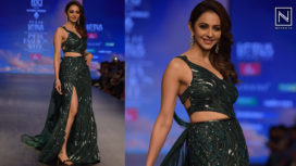 Rakul Preet Singh Turns Showstopper for Julie Shah at LMIFW AW19