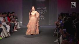Neha Sharma Walks for Label Kraft Corridor at LFW Winter Festive19