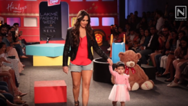 Esha Deol Walks the Ramp with Daughter Radhya for Brand Hamleys at LFW WF19