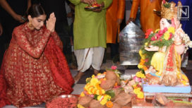 Sonam Kapoor Visits Andheri Cha Raja for her Ganpati Celebrations