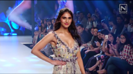 Vaani Kapoor Turns Showstopper for Payal Singhal at Bombay Times Fashion Week 2019