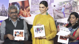 Deepika Padukone Comes Forward at an Award Function Dedicated to Photographers
