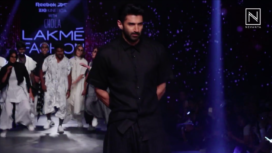 Aditya Roy Kapur Walks the Ramp for Chola at LFW SR 20