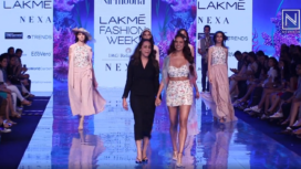 Esha Gupta Turns Perfect Muse to Nirmooha at Lakme Fashion Week SR 20
