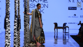 Tabu Stuns as the Showstopper for Gaurang at LFW SR 20