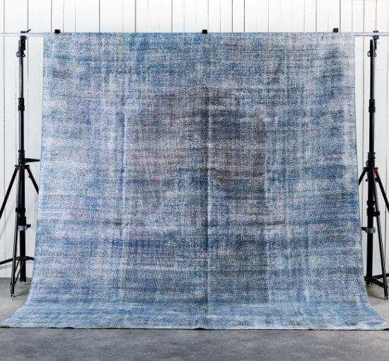 Listbild 294x378 decolorized blue