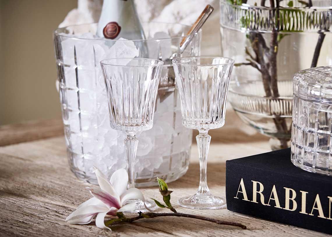 Outlet-manhattan-wineglass
