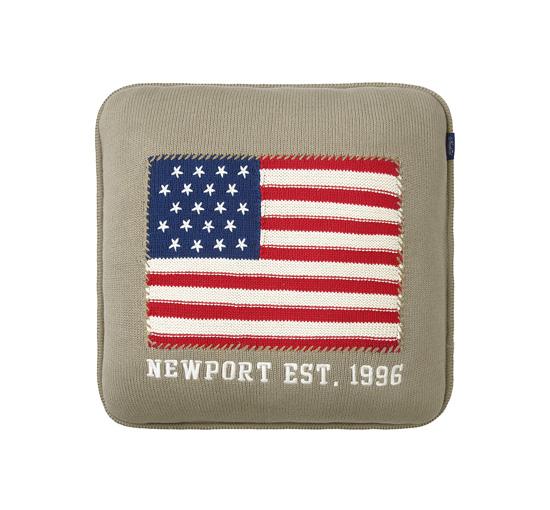 Newport stickad kudde beige 1