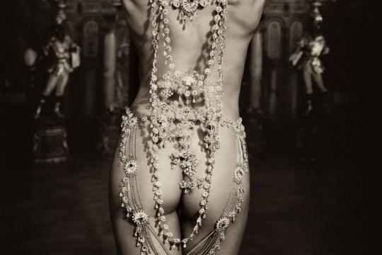 Diamonds pearls 4