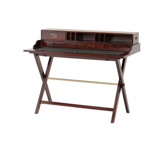 Eich-desk-106364-01
