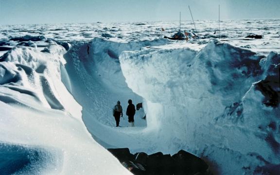 Crossing antarctica 4