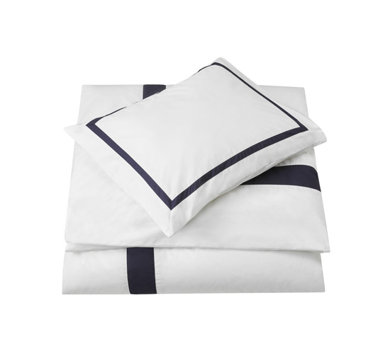 Mayfair-duvet-cover-white-blue-1