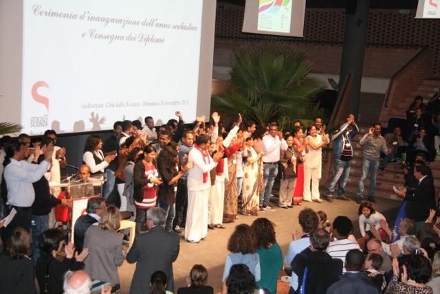N38-Consegna diplomi. Comunità Sant'Egidio - 01