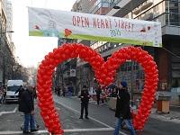 open_heart_street1m
