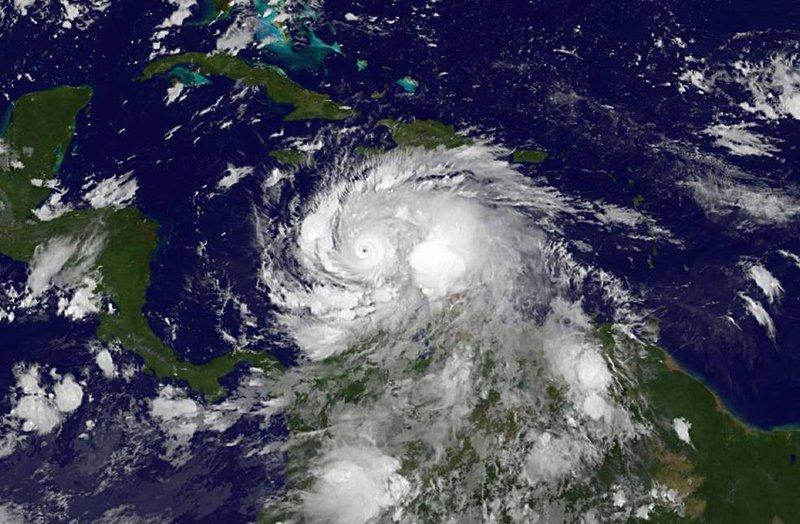 uragano-matthew-nasa