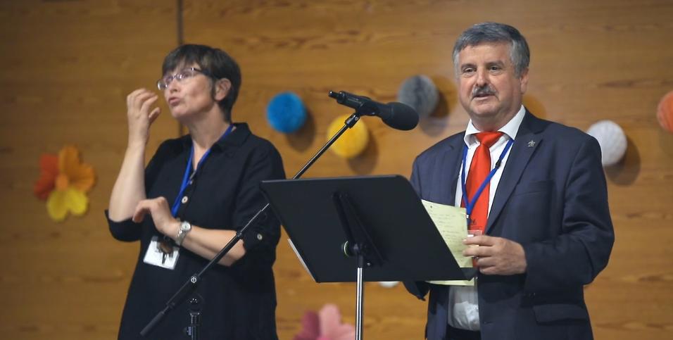 100 siti di incontri rumeni gratuiti