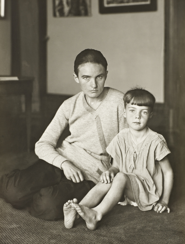 Mother and daughter (Helene Abelen with Daughter Josepha) c.1926
